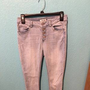 Skinny fit size 7 Mudd jeans